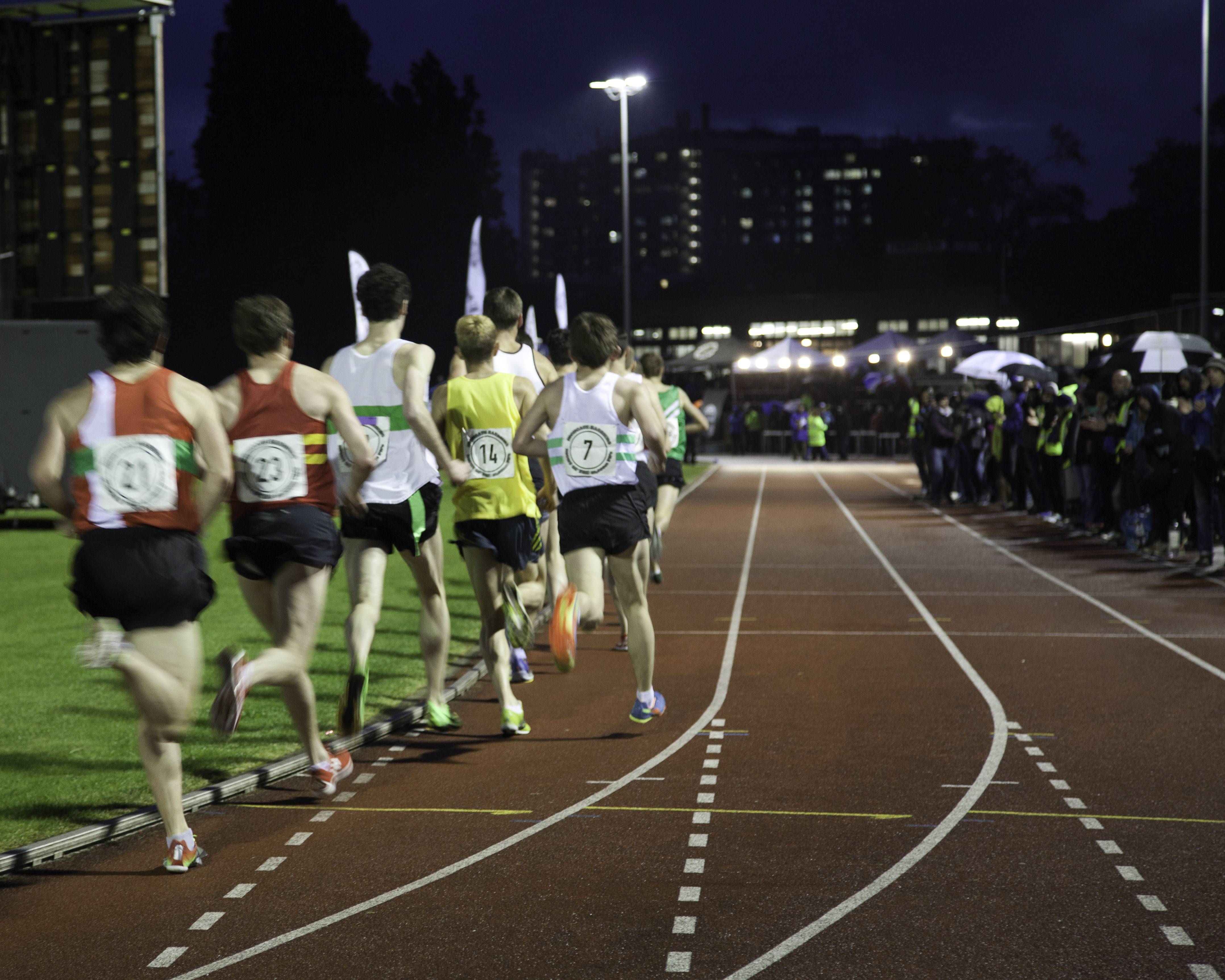 Night of the 10,000m PBs008